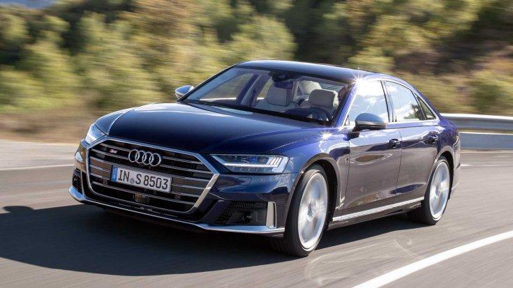 2019 Audi S8 szemből