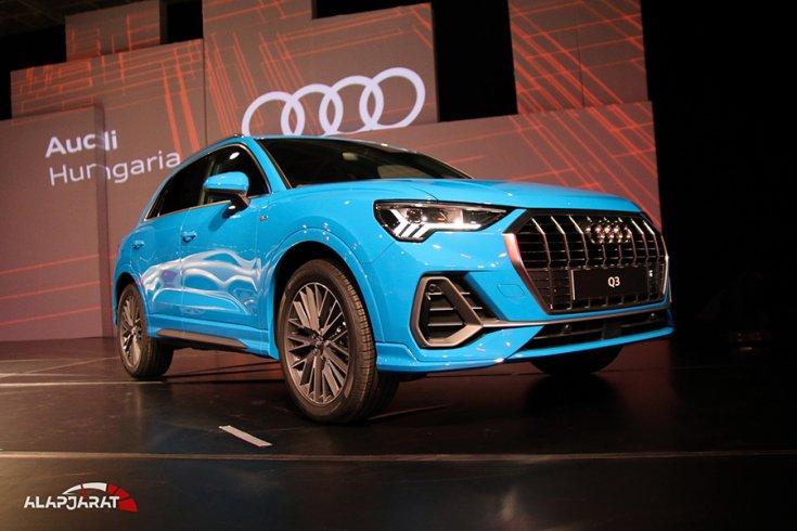 Az új Audi Q3 elölről fotózva