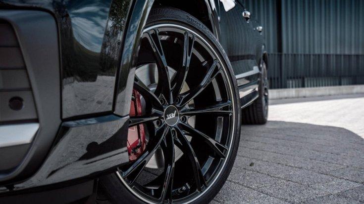 Audi SQ2 fekete felni