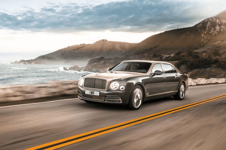 Bentley Mulsanne, tengerparti úton száguldva