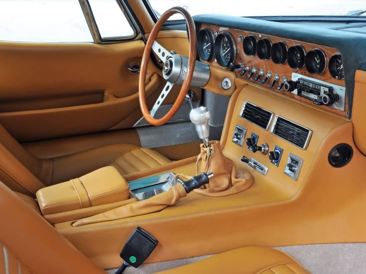 Bizzarrini 5300 GT interior
