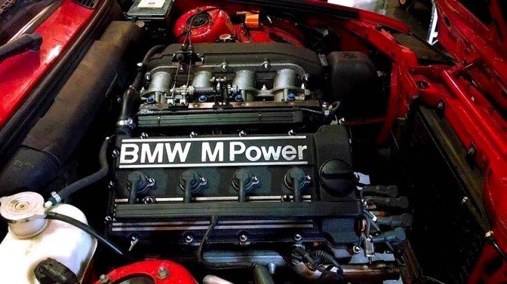 BMW M3 E30 motor