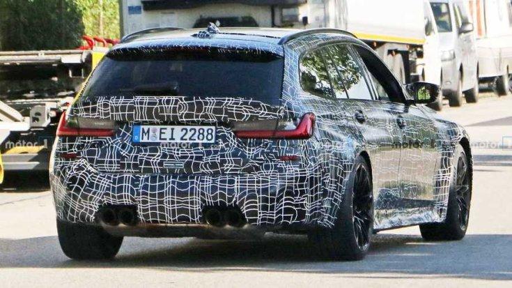 BMW M3 Touring hátulja