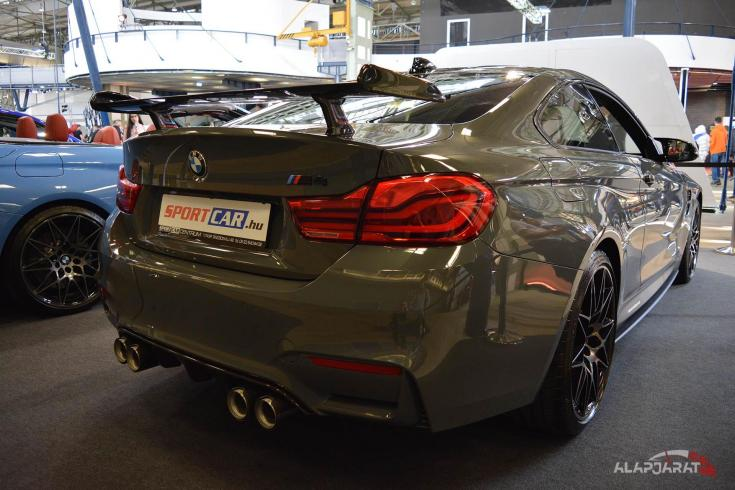 2018-as BMW M4