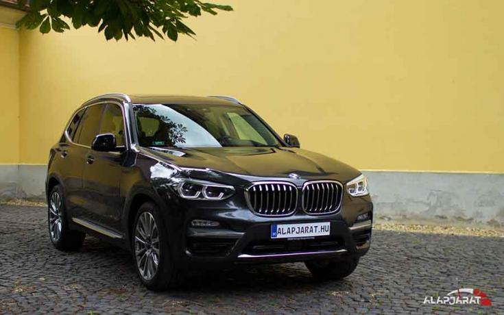 2018-as BMW X3 elölről