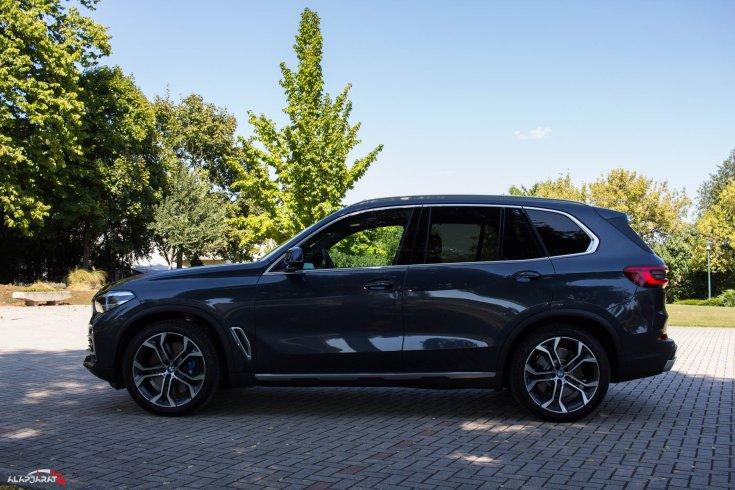 BMW X5 teszt Alapjárat