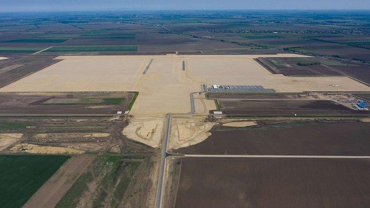 A készülő debreceni BMW gyár alapjai az Észak-Nyugati Gazdasági Övezetben