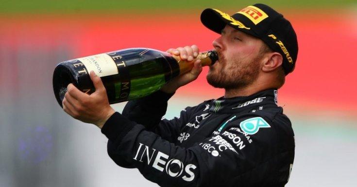 Bottas pezsgőzik