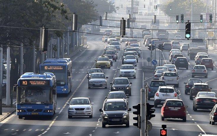 5a8a612979 150 ezer autóval lett több Magyarországon fél év alatt | Alapjárat