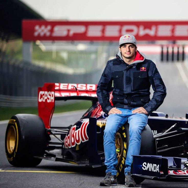 Carlos Sainz Jr debütáló évében a Toro Rosso csapatnál