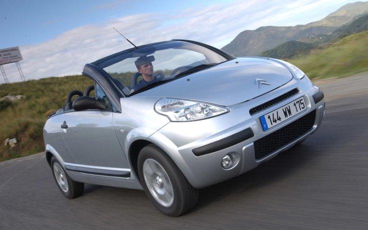 Citroën C3 Pluriel, francia rendszámmal, hegyvidéki tájon