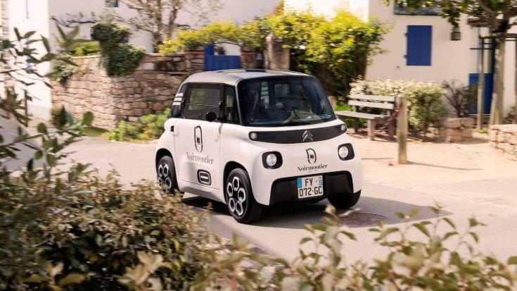 Citroën My Ami Cargo szemből, menet közben