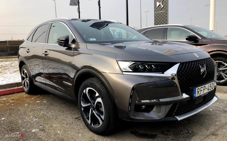 DS 7 Crossback a DS Storeban
