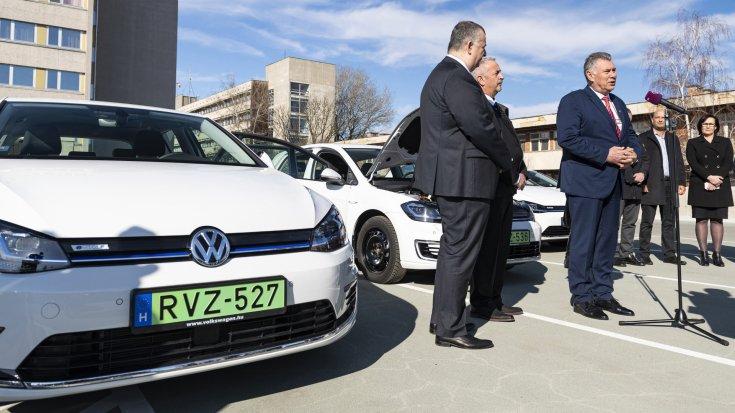Elektromos autók vásárlását ösztönző program 2020