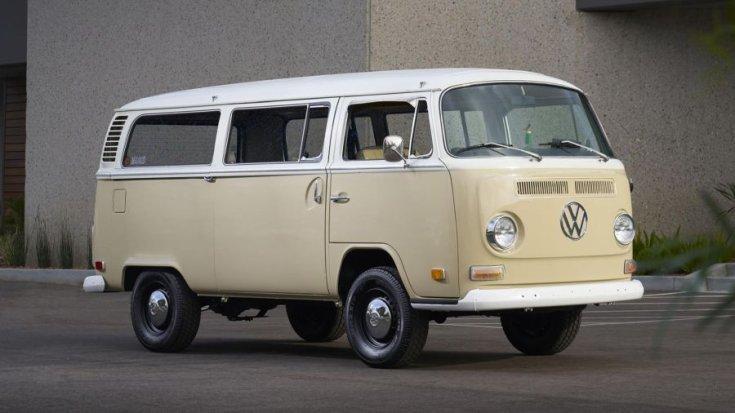 Volkswagen Type 2 elektromos kisbusz
