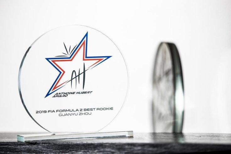 az év újonca Formula 2-es díj