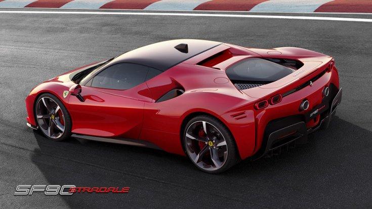 A Ferrari SF90 Stradale hátulról