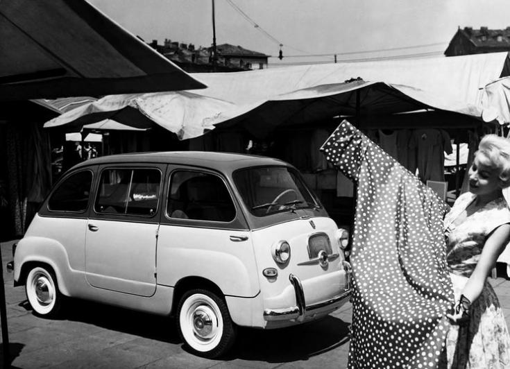 Fiat 600 Multipla, piacon, archív kép