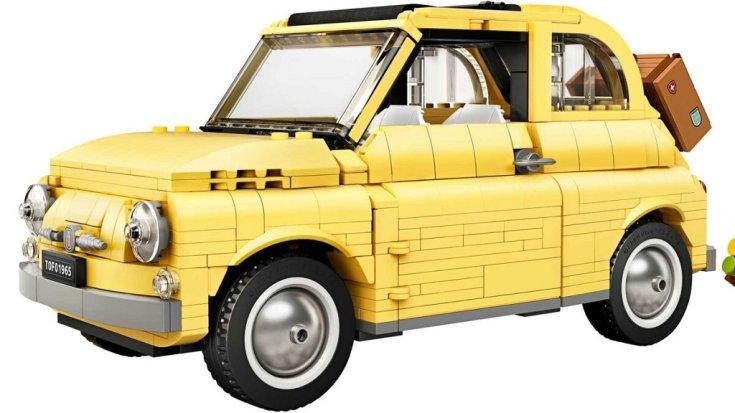 Fiat 500 LEGO kisautó halvány sárga színben