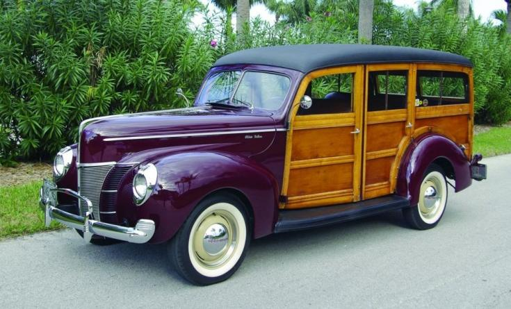 Ford DeLuxe Station Wagon Woodie