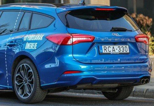 Ford Focus kombi hátulja