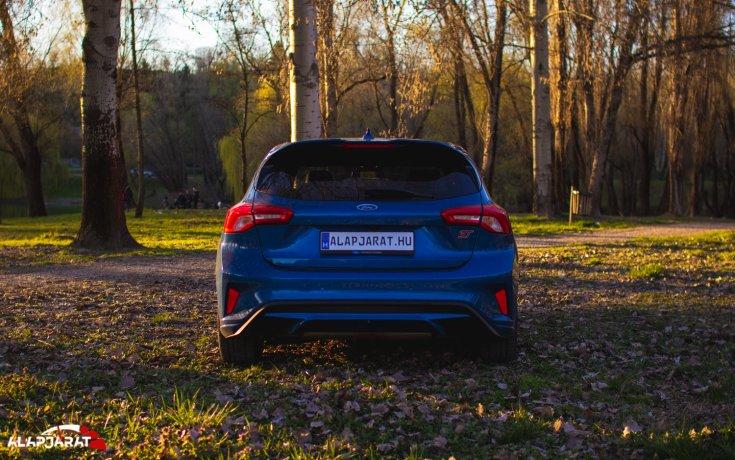 Ford Focus ST teszt alapjárat