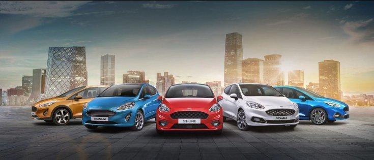 Ford Fiesta kiadások szemből egymás mellett