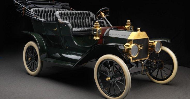 Ford T-modell, 4 személyes, fekete Touring kabrió, első generáció, oldalnézet