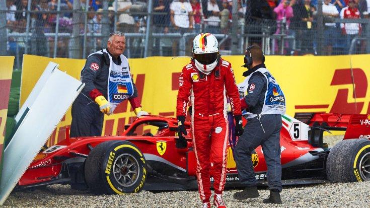 Sebastian Vettel a Ferrarival a Német Nagydíjon való kicsúszását követően