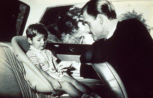 Damon és Graham Hill egy autóban
