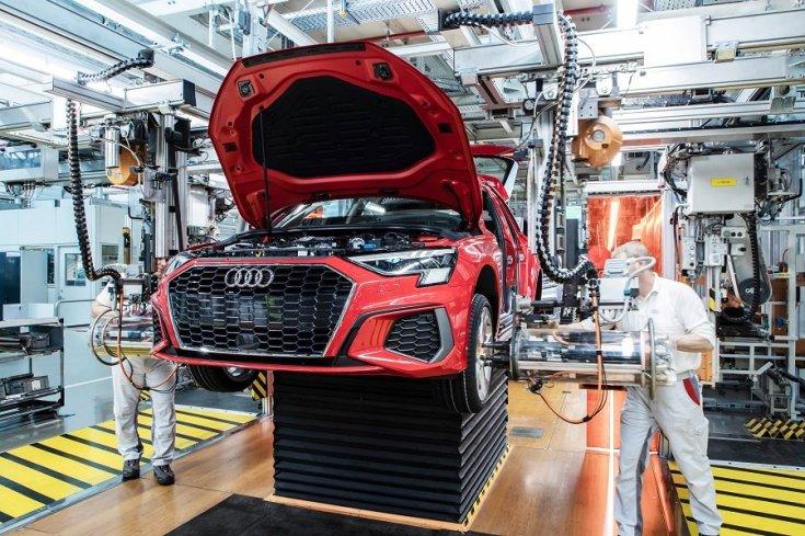 Gyártásban lévő Audi A3 az ingolstadti üzemben