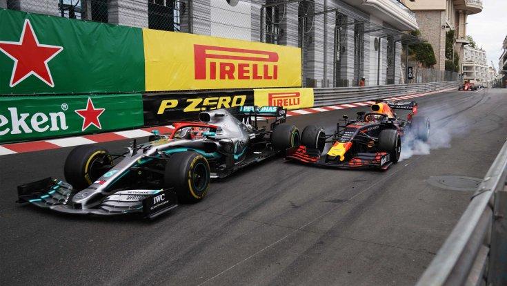 Lewis Hamilton és Max Verstappen csatája Monacóban