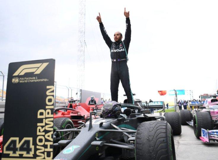 Lewis Hamilton Törökországban nyerte meg a hetedig Vb címét