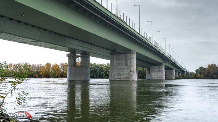 A hárosi Duna-híd