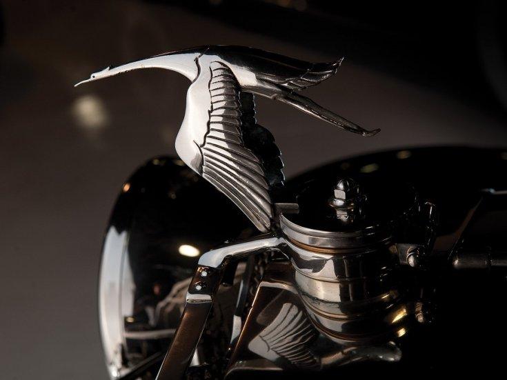 Hispano-Suiza embléma, gólya, oldalról, balról, RM Sotheby's