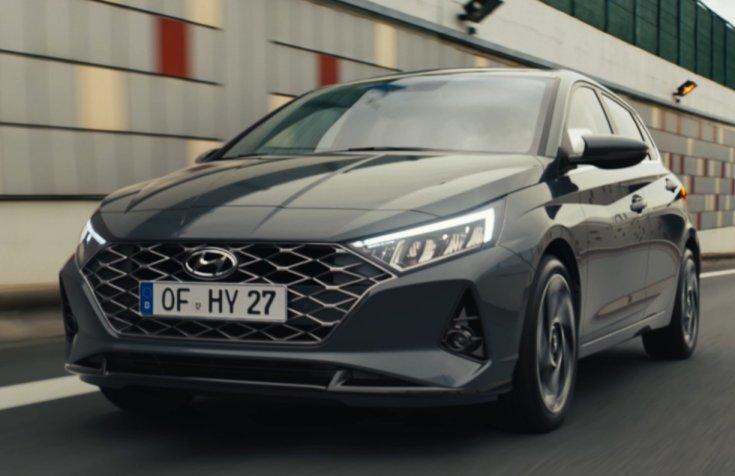 A koreai Hyundai i20-as modellje, szemből