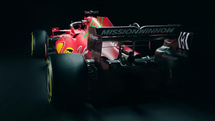 A Scuderia Ferrari 2021-es autója, az SF21-es autója hátulról