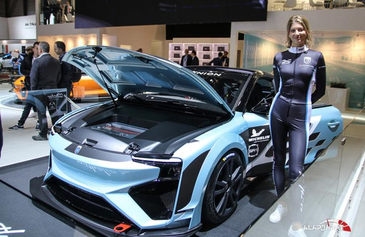 Gumpert Nathalie race