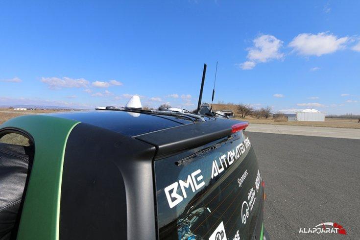 BME önvezető Smartjának GPS jeladói