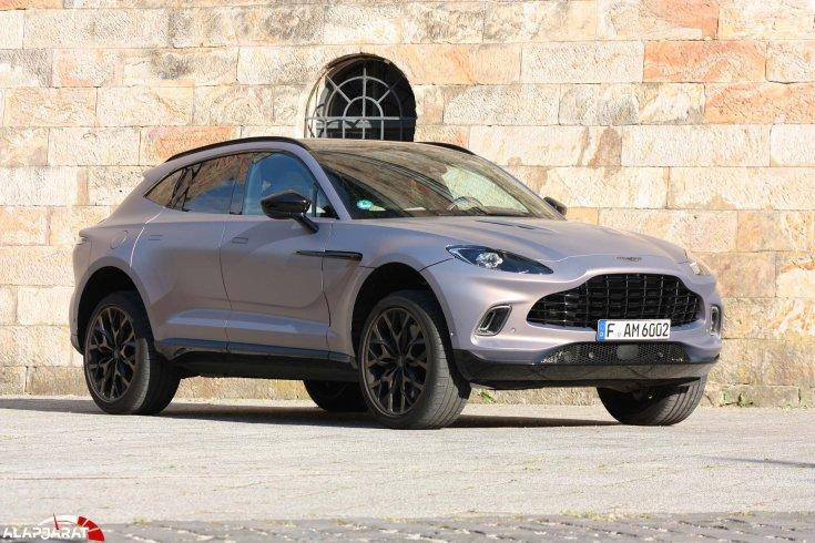 Aston Martin DBX elölről