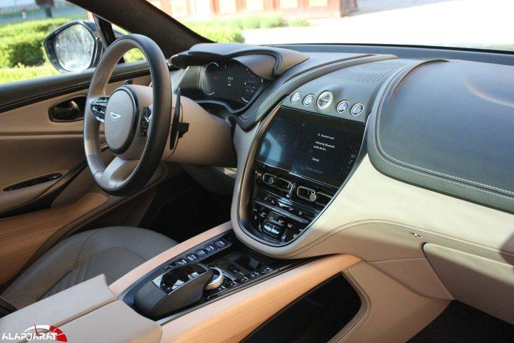Aston Martin DBX beltere