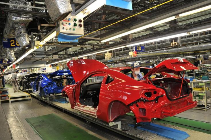 autógyártás maszkban