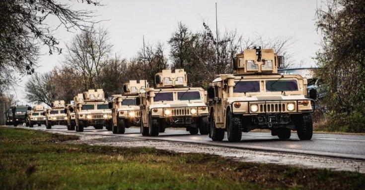 Katonai konvoj vonulása
