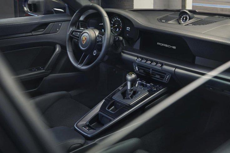 Kézi sebességváltóval szerelt Porsche 911 GT3