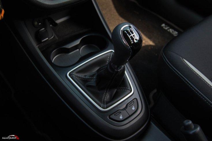 Lada Vesta SW Cross teszt 2019