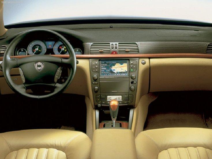Lancia Thesis belső