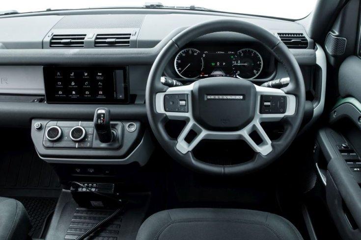 Land Rover Denfender 2020 interior