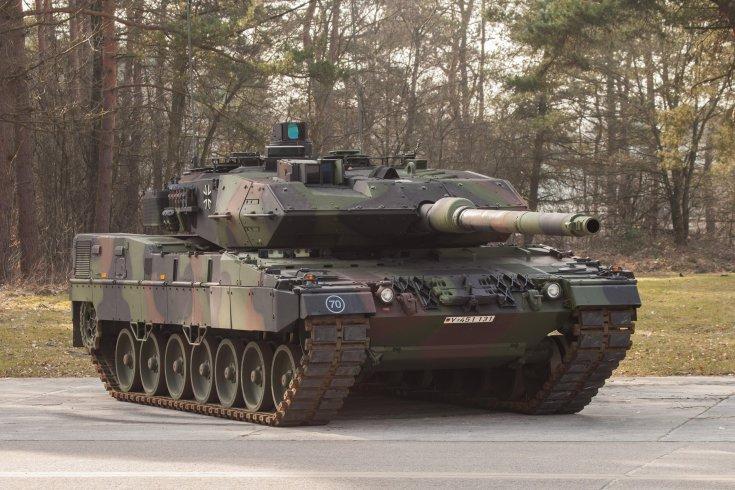 Leopard 2A7+, aszfalton