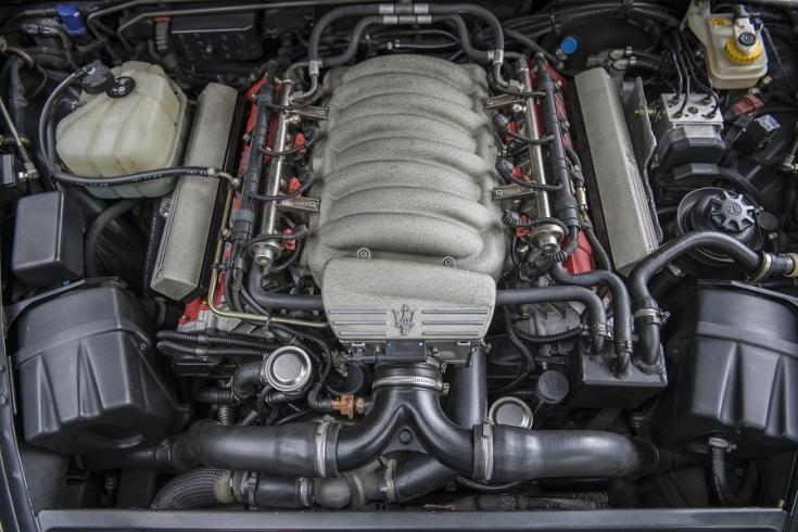 maserati 3200 GT motor