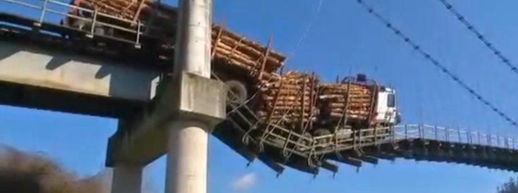 Megroggyant híd
